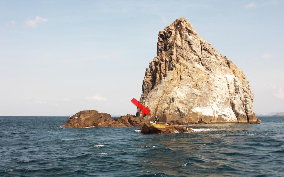 上礁したのは帆上のハナレ
