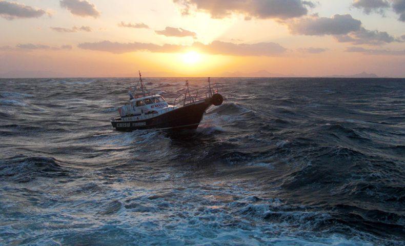 悪状況の中での古志岐三礁(ロープ下)の貴重な40センチオーバー