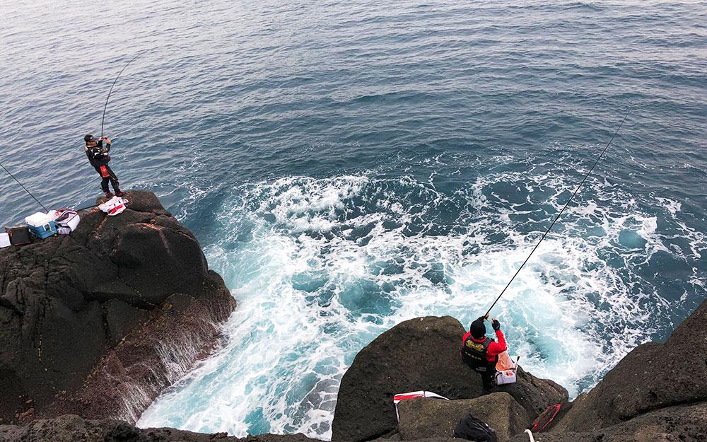年末釣り納めは、定番の古志岐三礁(スベリ)