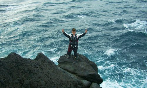 古志岐三礁(スベリ)で、良型クロ49センチ!