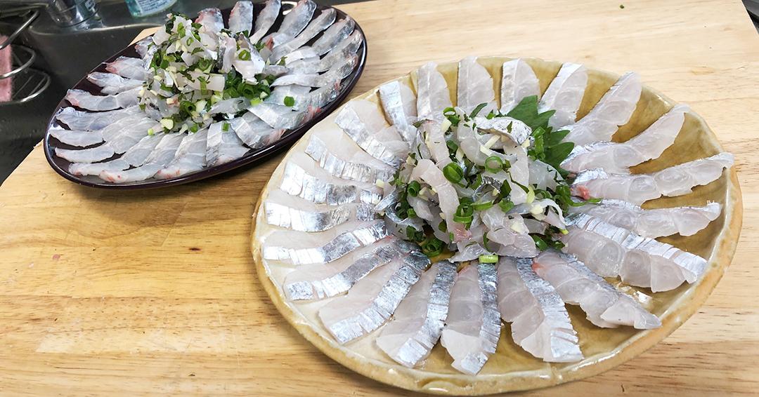 【タチウオの刺身】シソ・ショウガ・ネギを刻んで、ポン酢で食べるのが美味い!